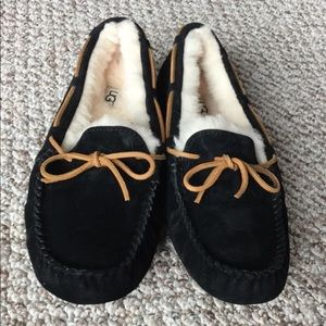 Women's UGG slippers black Moccasin size 11